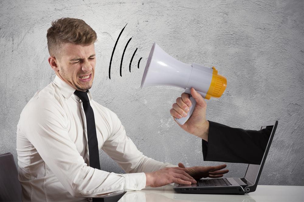 Deja que tus clientes se conecten mejor con tu empresa - Marca *3636