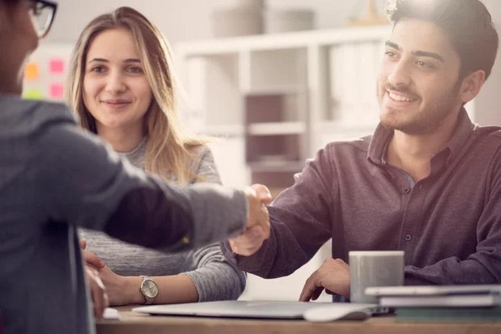 ¿Cómo construir una cultura empresarial centrada en el cliente?
